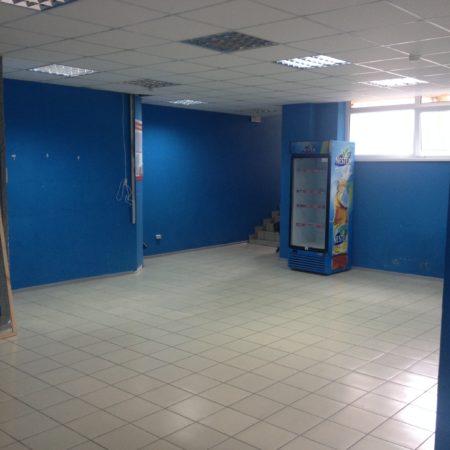 Сдается торговое помещение, 115 кв.м., проспект Чекистов   Фото 2