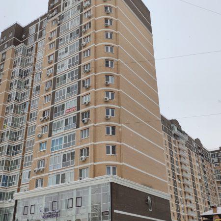 Продается торгово-офисное помещение, 335 кв.м., Коммунаров | Фото 1