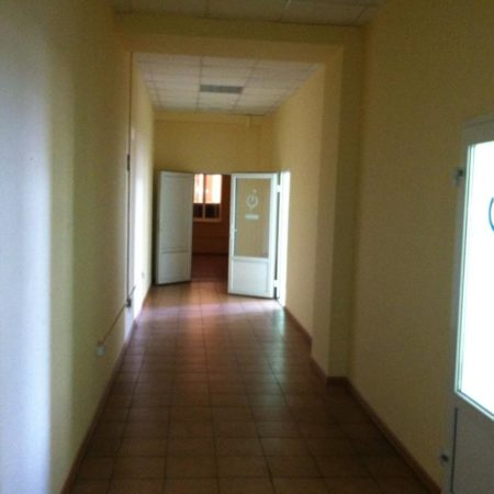 Сдаются офисные помещения 27,9-137 кв.м. в ТЦ «Меридиан» по ул. Стасова   Фото 3