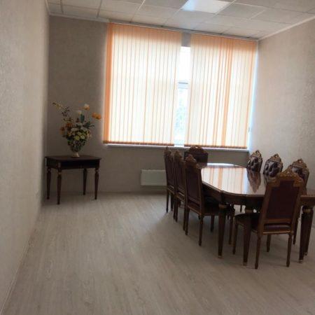 Продается торгово-офисное помещение, 136.9 кв.м., Коммунаров   Фото 4