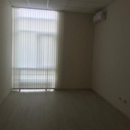 Продается торгово-офисное помещение, 335 кв.м., Коммунаров | Фото 5