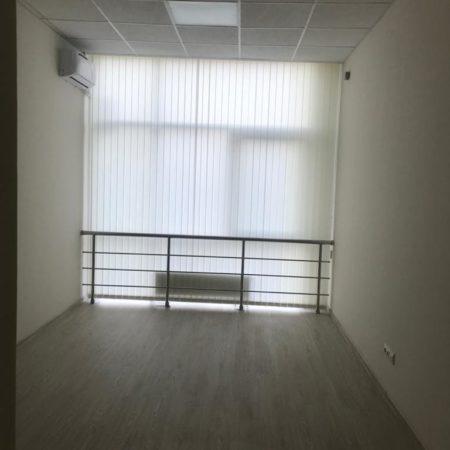 Продается торгово-офисное помещение, 335 кв.м., Коммунаров | Фото 4