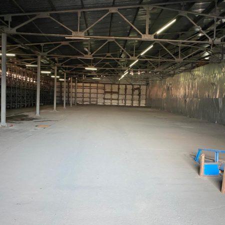 Сдается складское помещение, 1000 кв.м., Демуса   Фото 1